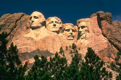 http://a142.idata.over-blog.com/2/22/42/22/Mont_Rushmore_presidents.jpg