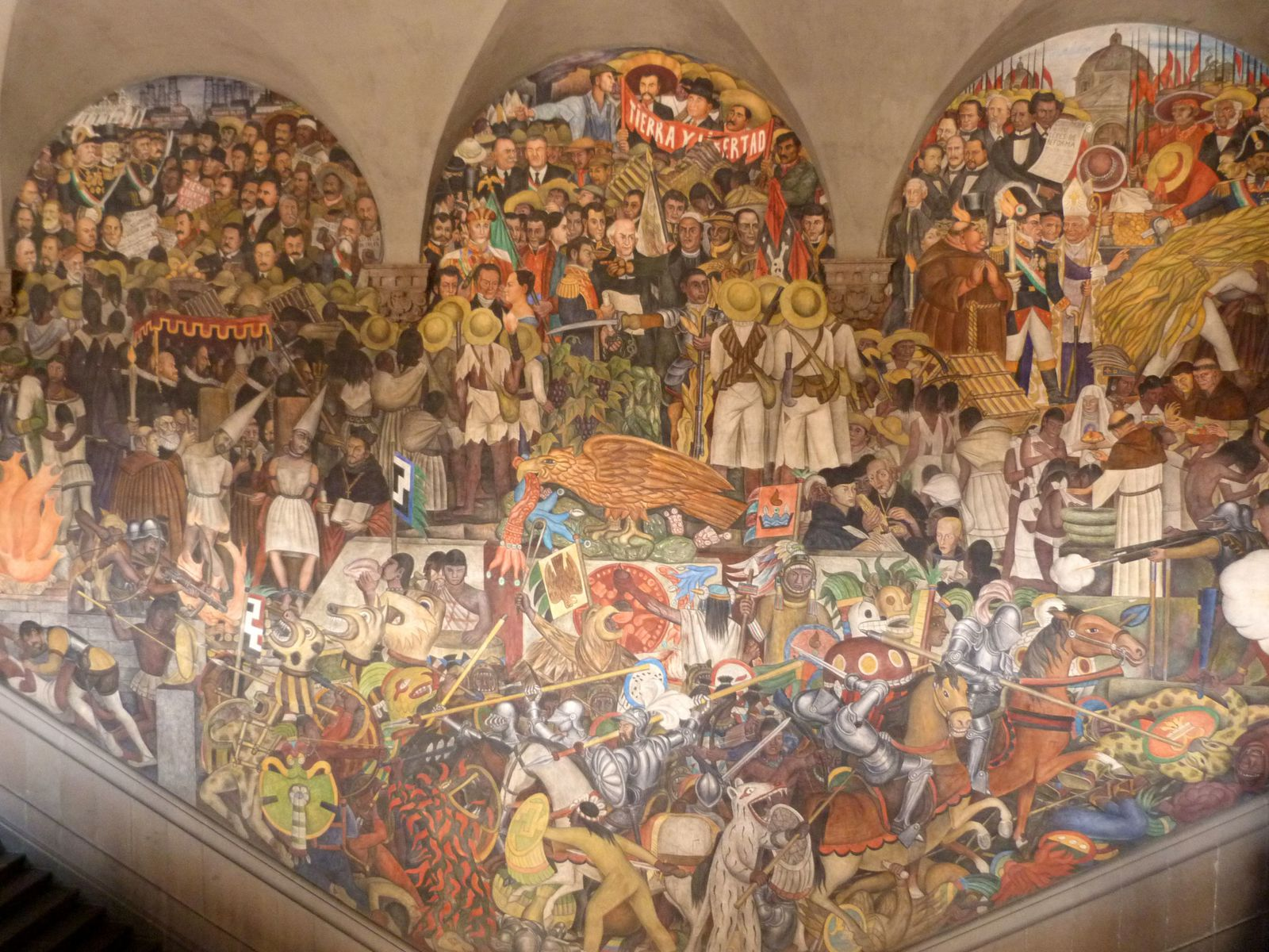 http://a142.idata.over-blog.com/3/72/68/39/Images-blog-05/2012-08-Mexique---Diego-Rivera003.jpg